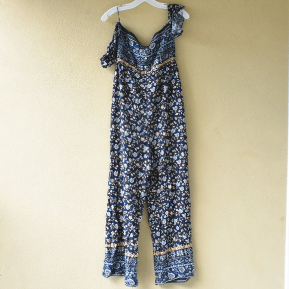 Flying Tomato Pants - NWT Flying Tomato Off Shoulder jumpsuit size Large